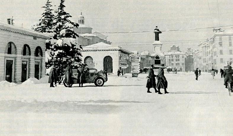 Brescia, Piazzale Arnaldo, inverno 1943-44