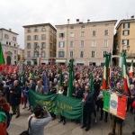 Brescia, Piazza Loggia gremita
