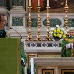 Il saluto al Vescovo da parte degli organizzatori del Convegno