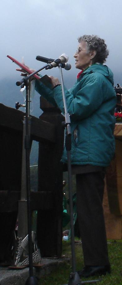 Rosi Romelli pronuncia il discorso